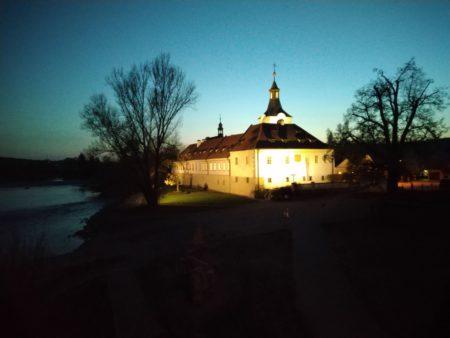 Dobřichovice zámek